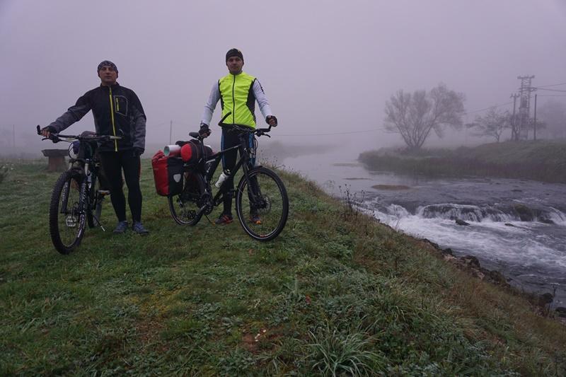 Photo of OD GACKE DO BALATONA Avanturisti iz Otočca krenuli biciklima na put do Mađarske!