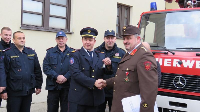 Photo of Gospićki vatrogasci dobili vrijednu donaciju od kolega iz Austrije