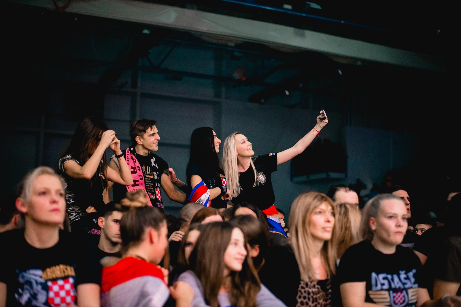 likaclub_gospić_koncert-thompson_2018-102