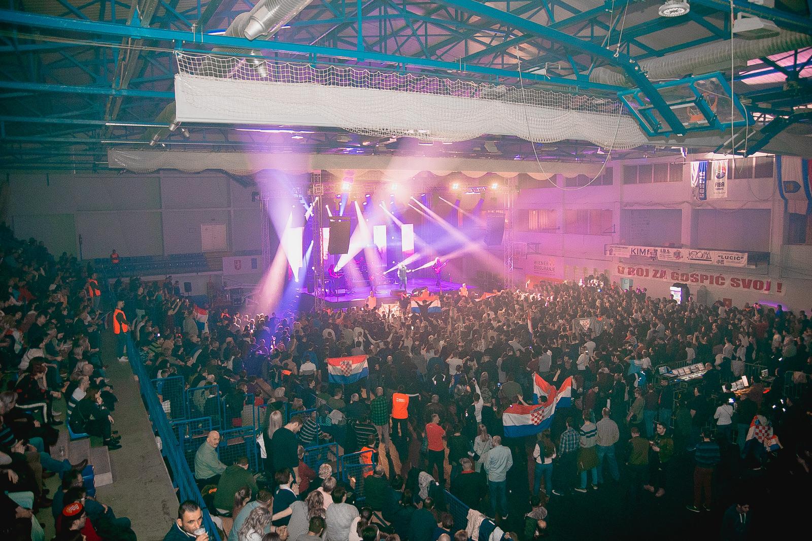 likaclub_gospić_koncert-thompson_2018-106