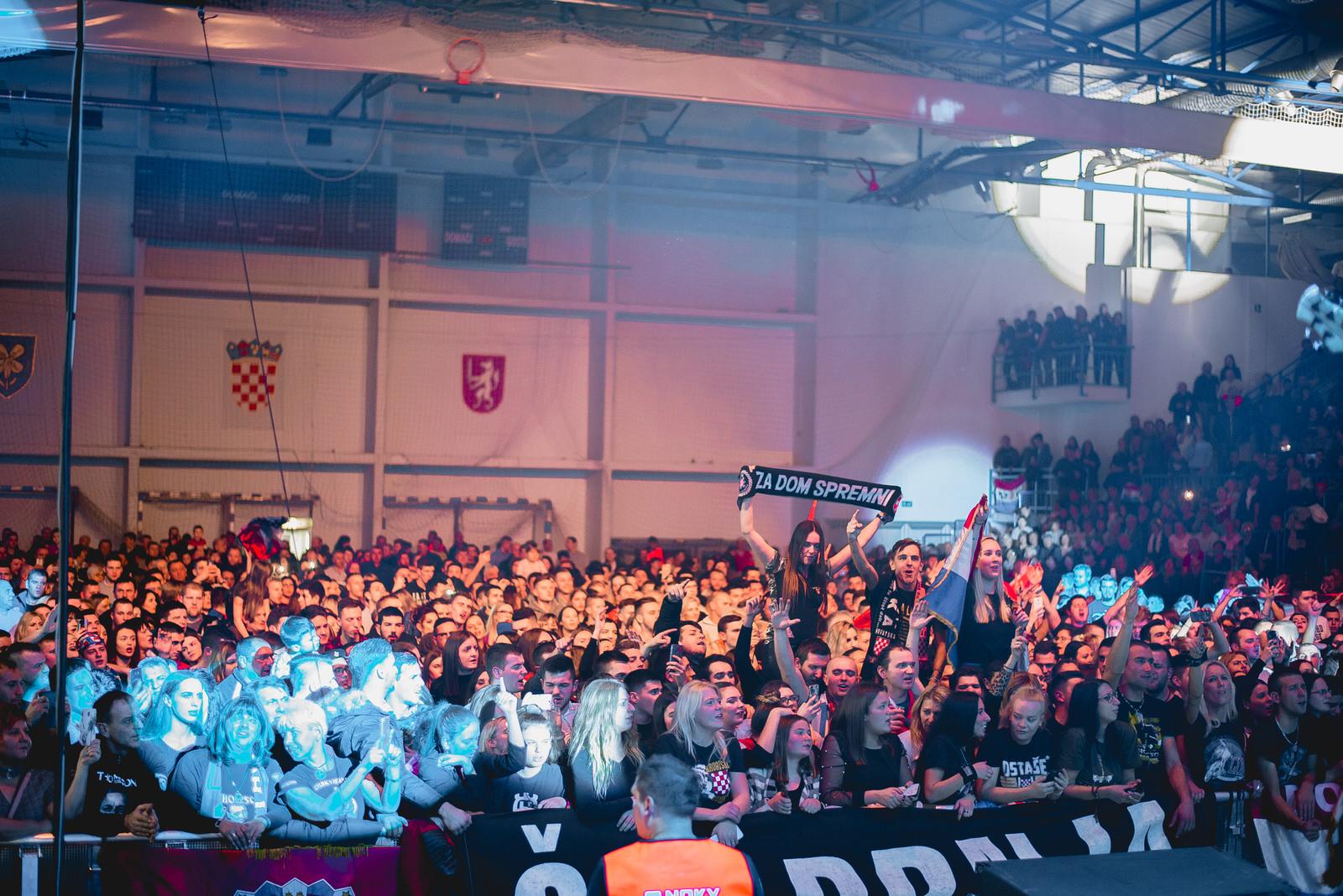 likaclub_gospić_koncert-thompson_2018-46