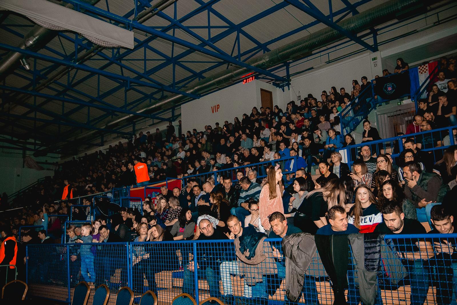 likaclub_gospić_koncert-thompson_2018-6