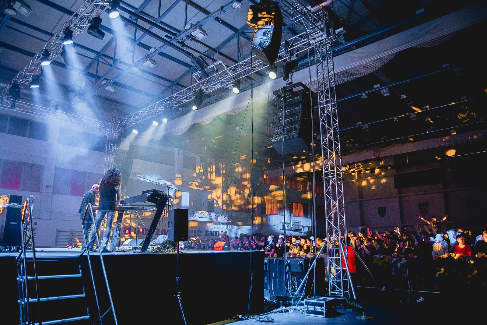 likaclub_gospić_koncert-thompson_2018-67