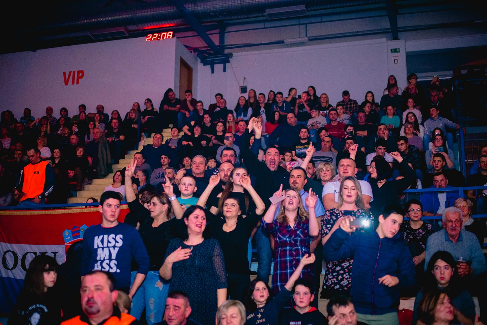 likaclub_gospić_koncert-thompson_2018-99