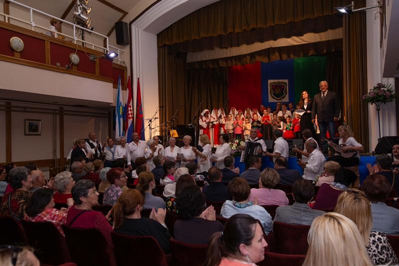 Photo of FOTO Brojni glazbenici i umjetnici se ujedinili za pomoć oboljelima od malignih bolesti u gradu Senju