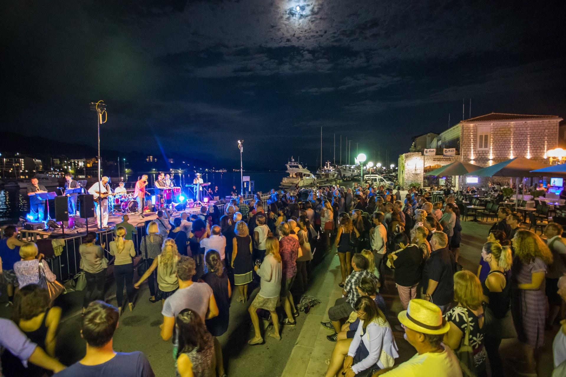 Photo of RAB JAZZ FEST – vrhunski (besplatni) glazbeni program na otoku sreće!