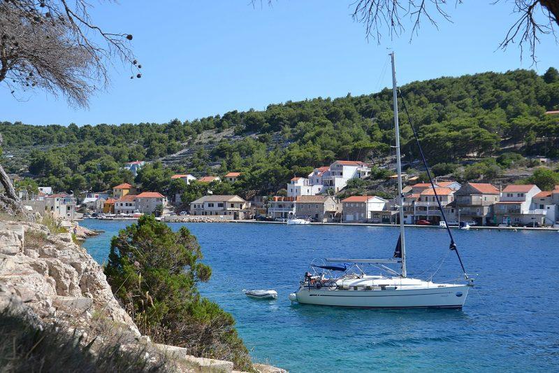 Photo of Poznati svjetski youtuberi, blogeri i novinari otkrivaju hrvatske otoke
