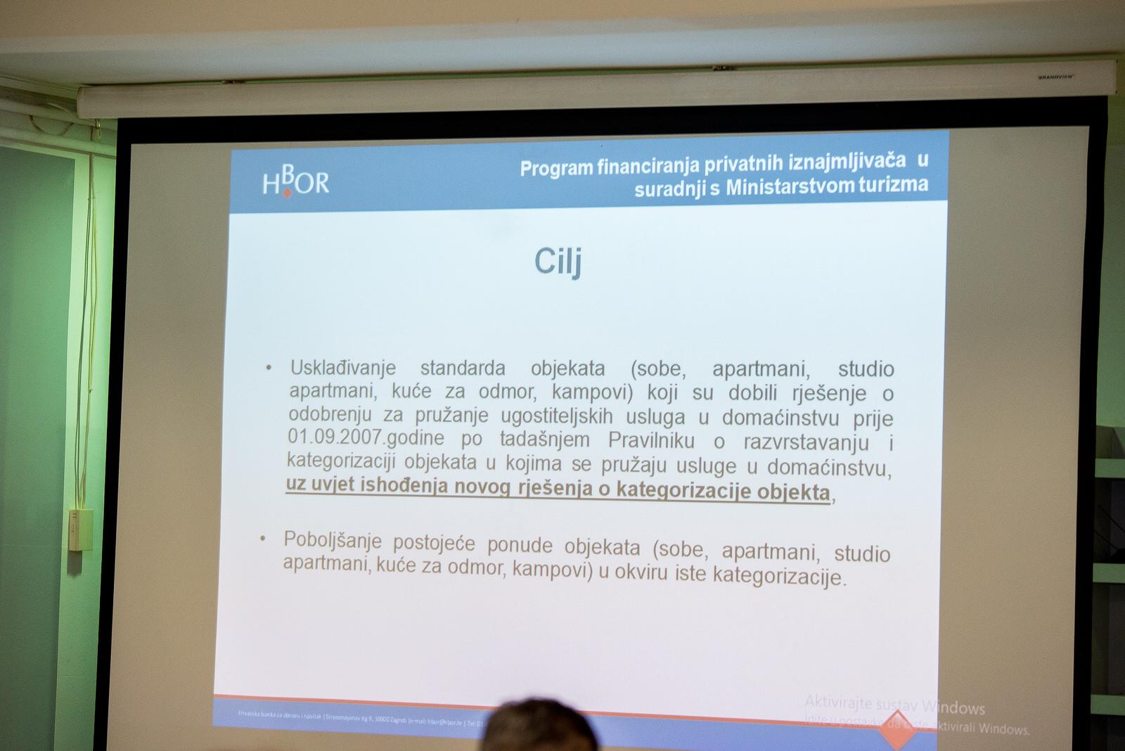 """likaclub_gospić_Radionica-""""Novi-trendovi-u-turizmu-izazovi-i-rješenja""""_2019-11"""