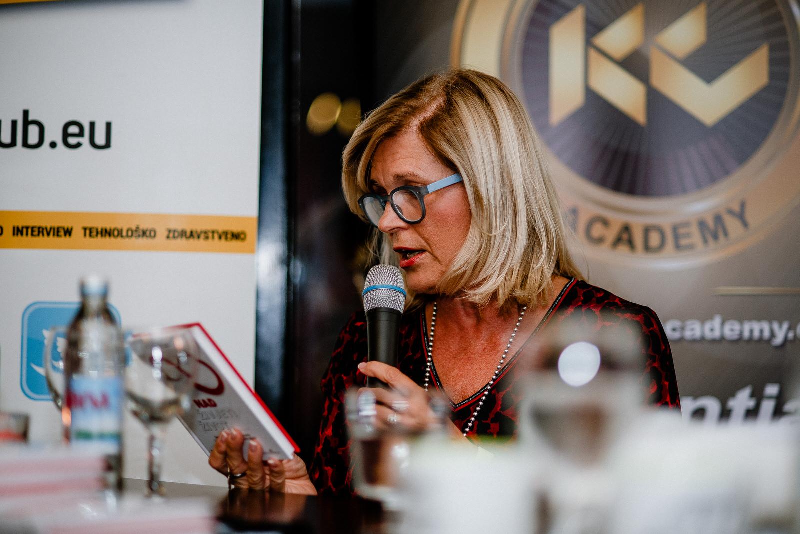 likaclub_otočac_book-caffe-paradisso_kenan-crnkić_2019-11
