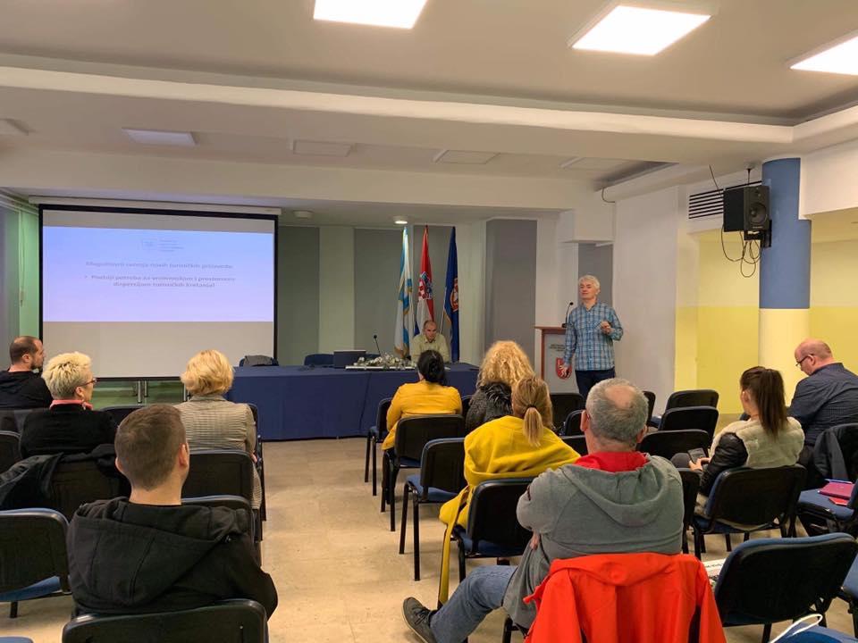 Photo of U Gospiću održana radionica o razvoju cikloturizma u Ličko-senjskoj županiji
