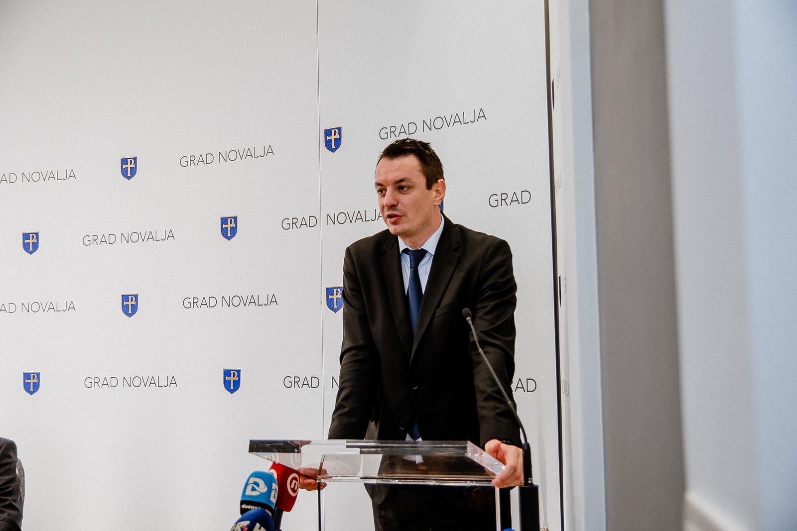 likaclub_novalja_potpisivanje-ugovora-žigljen_2019-131