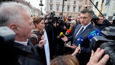 Photo of POSTIGNUT KOMPROMIS Završio je štrajk, sutra počinje nastava!
