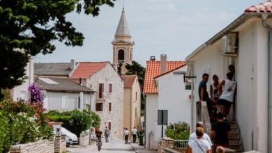 Photo of Grad Novalja podijelio skoro 400 božićnica umirovljenicima
