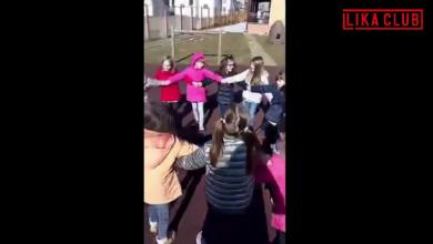Photo of VIDEO Mali Ličani iz Korenice zapjevali i zaplesali Ličko kolo, pogledajte kako se to radi