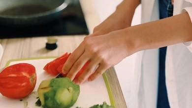 Photo of HZJZ – Živjeti zdravo kod kuće: Kako strateški koristiti namirnice?