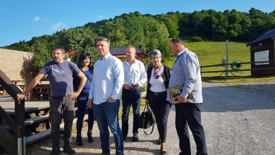 Photo of SDP posjetio Liku: Vlast je zanemarila ovaj kraj velikog potencijala