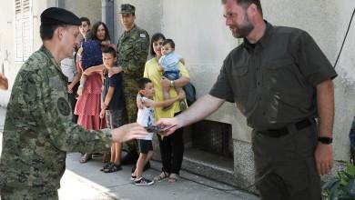 Photo of Trojici pripadnika Oružanih snaga RH uručeni ključevi stanova u Kninu