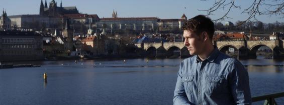 Photo of INTERVIEW: Igor Pečenjev – hrvatski glumac u Pragu