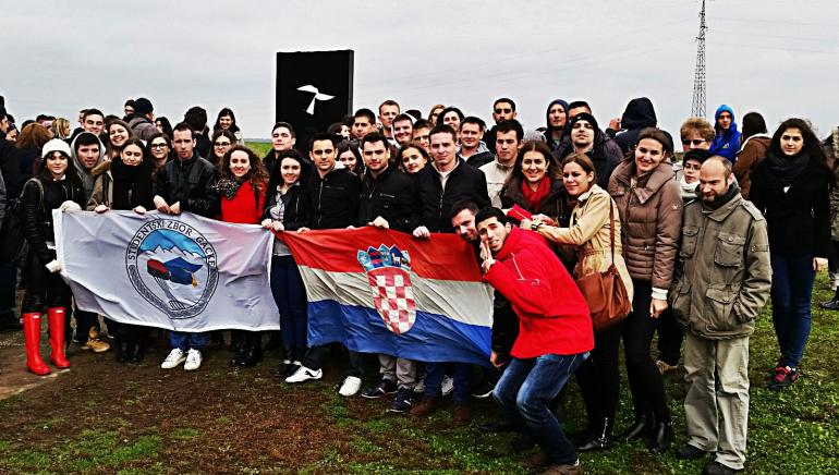 Photo of Studentski Zbor Gacke obilježio Dan sjećanja u Vukovaru