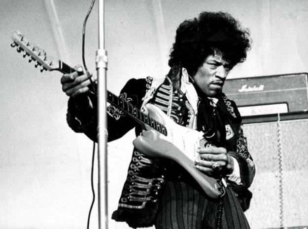 Photo of Nikada objavljena pjesma Jimi Hendrixa