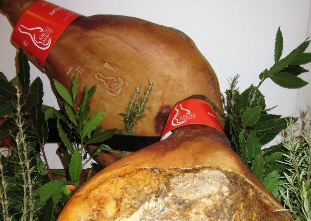 Photo of Prvi zaštićeni hrvatski proizvod u EU je Krčki pršut