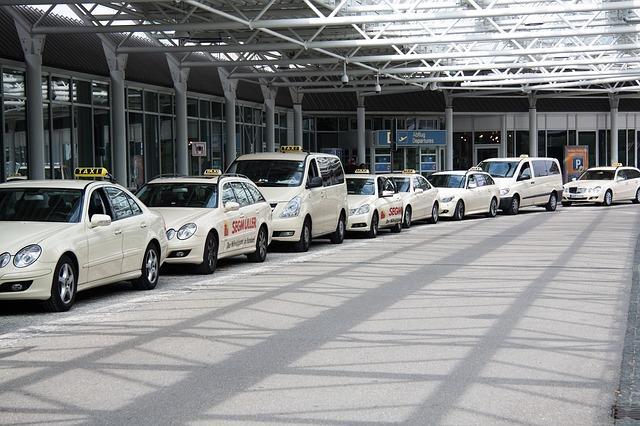 Photo of Aplikacija Uber – konkurencija taksi službama i prilika za samozapošljavanje