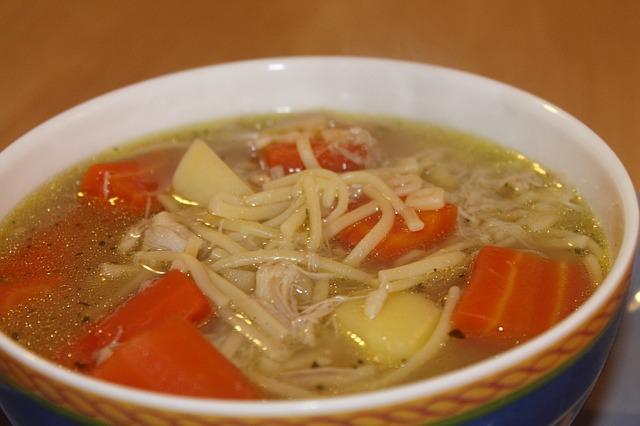Photo of Pileća juha, med, soda bikarbona – domaći lijekovi koji zaista pomažu