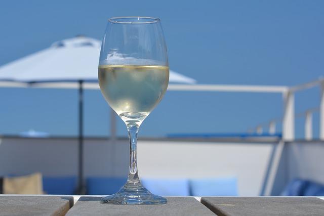 Photo of Dobri razlozi da odmah popijete čašu vina