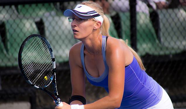 Photo of Mirjana Lučić-Baroni slavila protiv 3. igračice svijeta Simone Halep