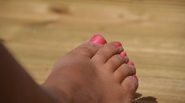 Photo of Kako spriječiti neugodan miris stopala
