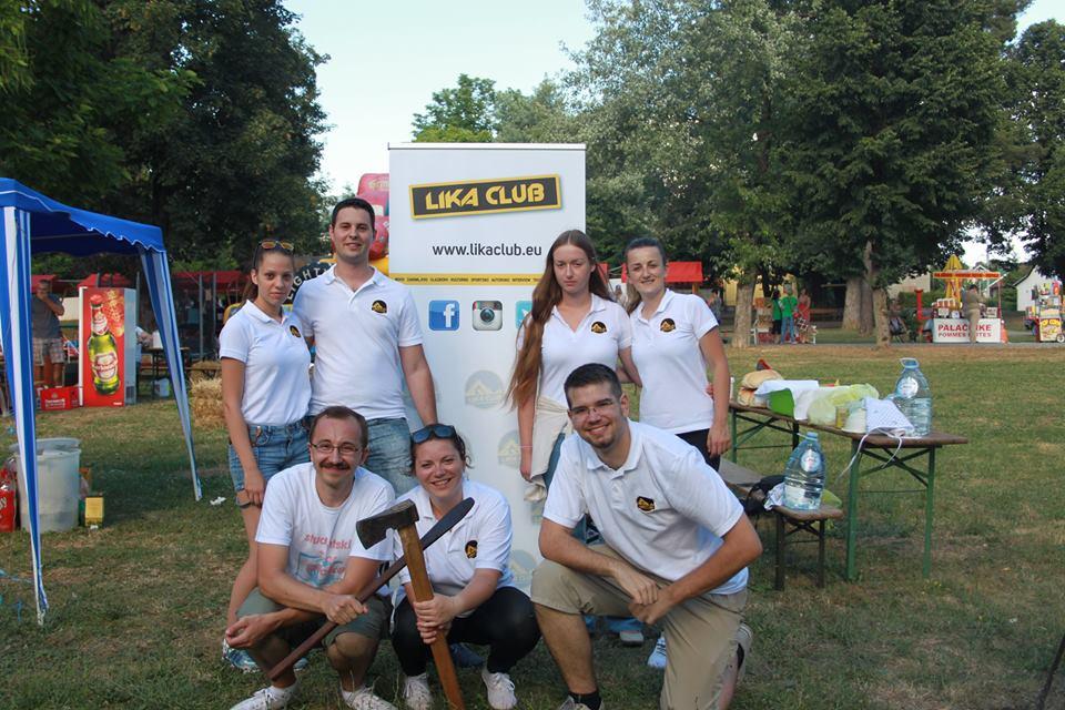 Photo of FOTO: Teambuilding redakcije portala na kotliću u Otočcu, slapovima Plitvica i Rastoka