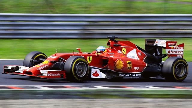 Photo of Tri najbolje utrke prve polovice F1