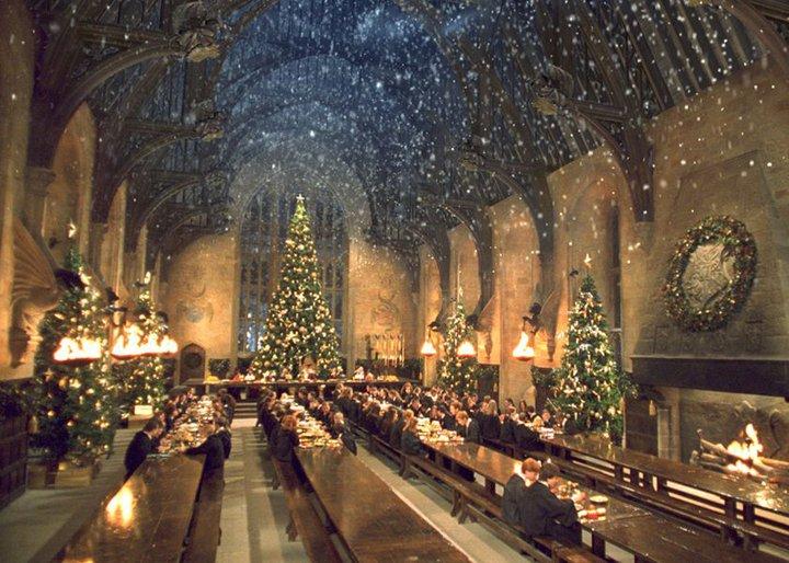 Photo of Božićna večera u Hogwartsu za obožavatelje Harryja Pottera