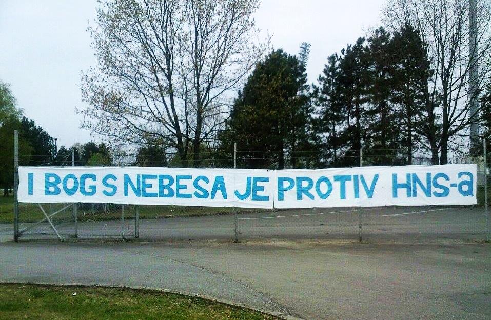"""Photo of Navijači Karlobaga reagiraju na odluku HNS-a: """"Nakon 3 godine PRESTAJEMO S RADOM!"""""""