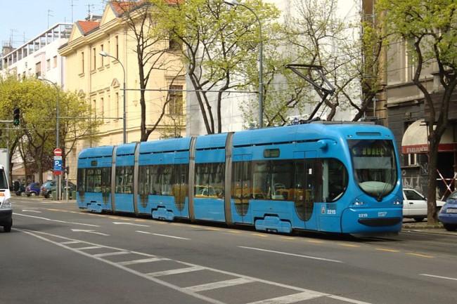 Photo of CRTICE IZ POVIJESTI: Električni tramvaj u Zagrebu