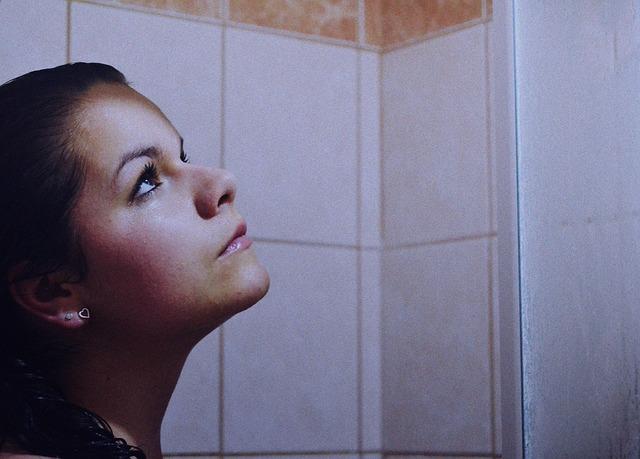 Photo of Evo zašto se dobro tuširati hladnom vodom