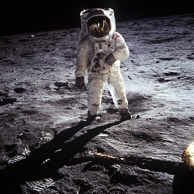Photo of Zašto je NASA odustala od slanja ljudi na Mjesec?