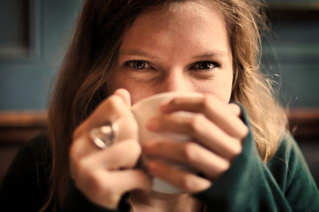 Photo of Vino, šećer i mliječni proizvodi mijenjaju izgled našeg lica