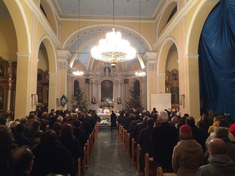 """Photo of PONOĆKA U OTOČCU: """"Ne slavimo bajku poput Coca Coline o Djedu Mrazu, slavimo stvarnog Boga!"""""""