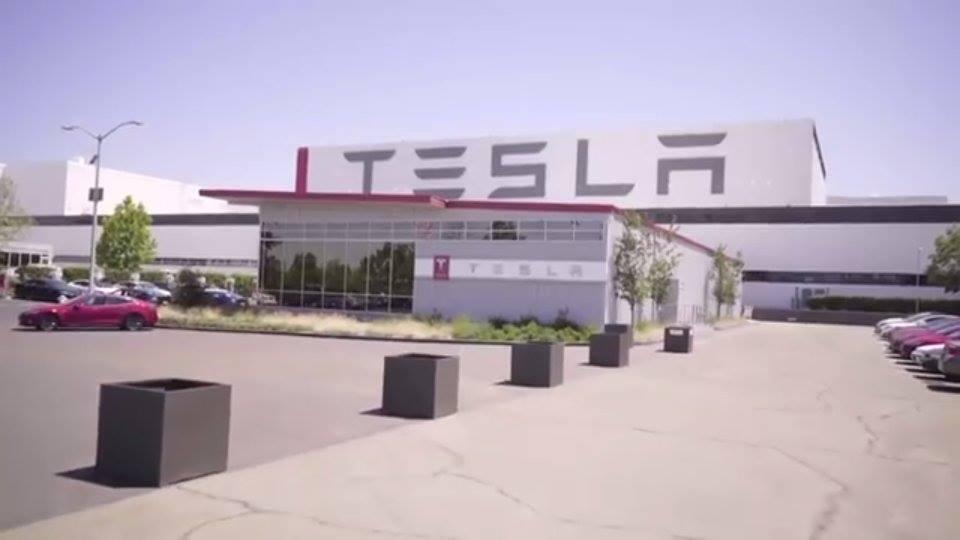 Photo of VIDEO: Pogledajte kako nastaju Teslini automobili
