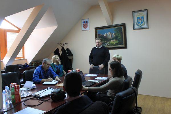 Photo of LAG LIKA u Općini BRINJE predstavio lokalnu razvojnu strategiju
