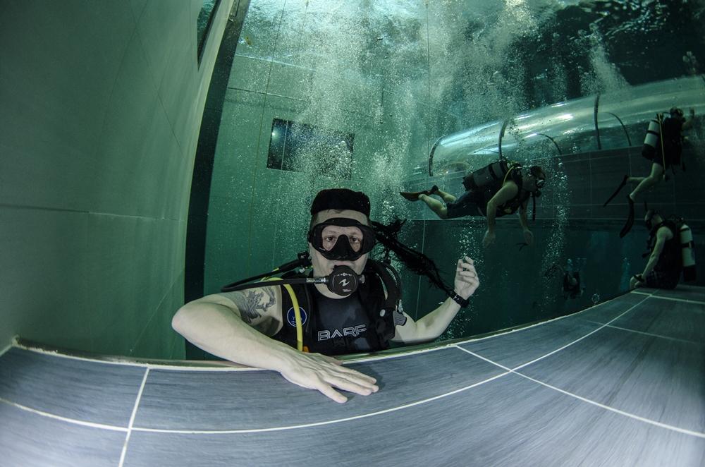 Photo of FOTOGALERIJA Davor Ostrman S LIČKOM KAPOM u najdubljem ronilačkom bazenu NA SVIJETU Y40!