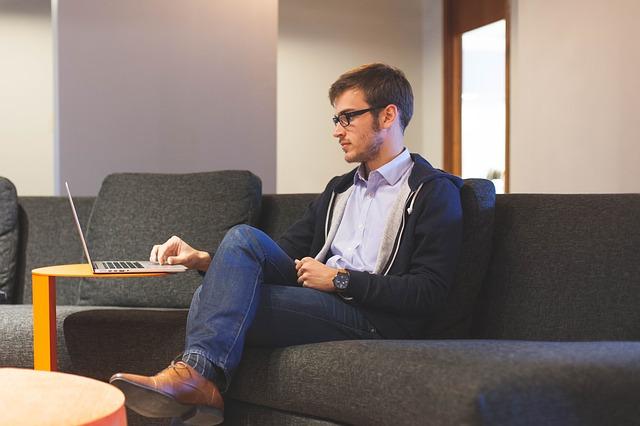 Photo of Poslodavci imaju pravo čitati vaše privatne poruke