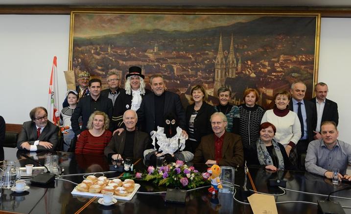 Photo of SAMOBORSKI FAŠNIČKI likovi posjetili ZAGREB
