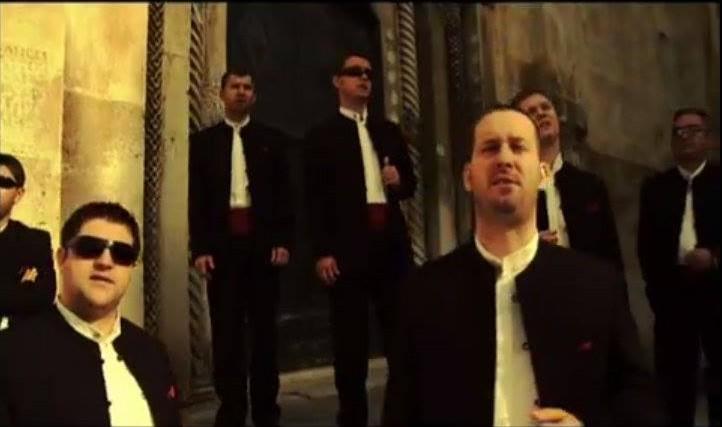 "Photo of VIDEO: Klapa Cambi snimila spot za pjesmu ""Kamena"""