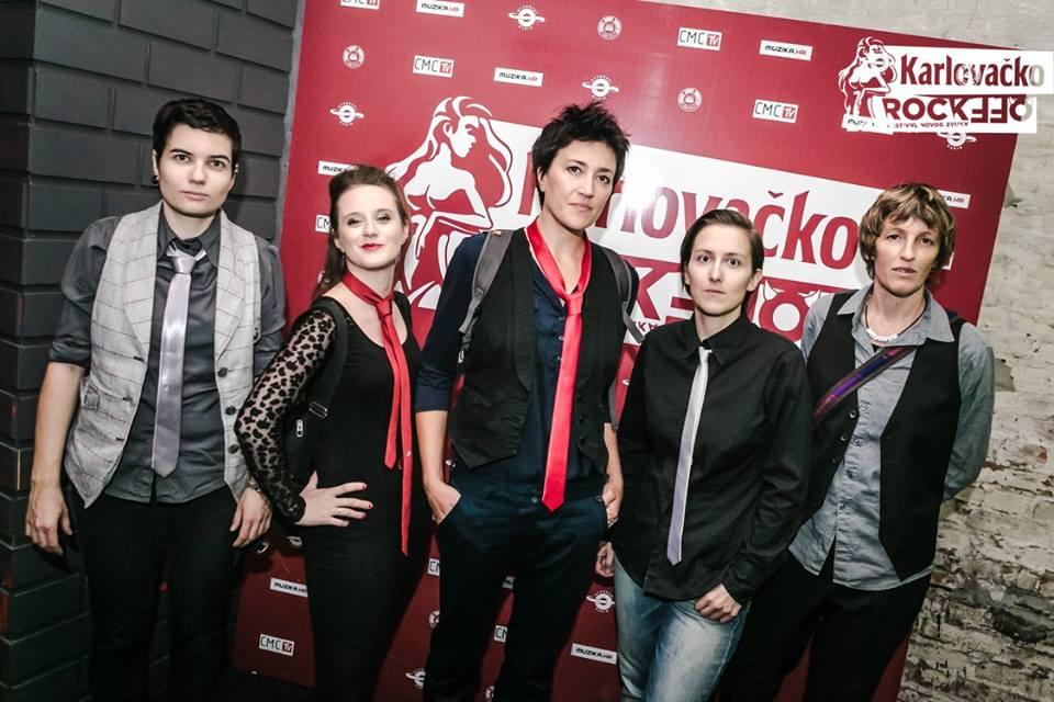 "Photo of ""Čudesna"": Novi singl grupe U pol' 9 kod Sabe"