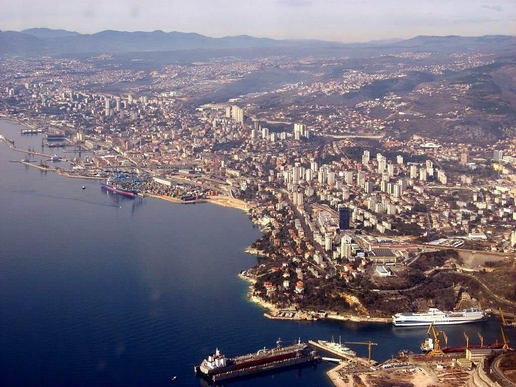 Photo of Crtice iz povijesti: Rijeka i Trst proglašeni slobodnim lukama