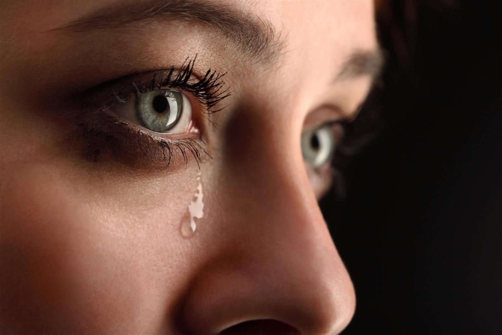 Photo of Pogledajte kako izgledaju suze po mikroskopom