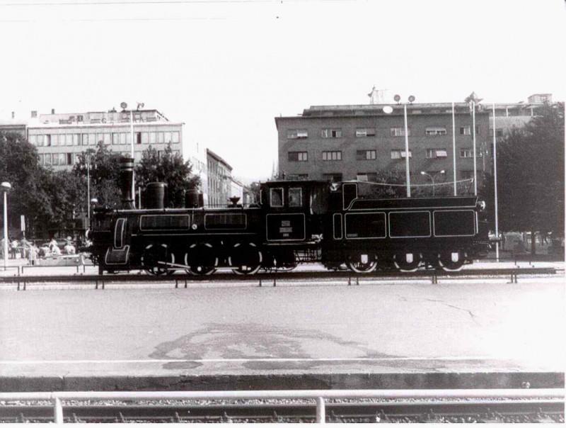 """Photo of Parna lokomotiva s """"GLAVNOG"""" odvozila je logoraše prema ličkom JADOVNU"""