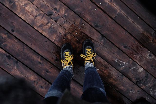 Photo of Hodate li po kući u cipelama? Evo zašto bi se te navike odmah trebali riješiti